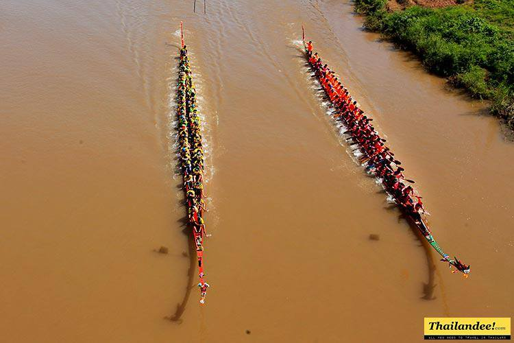 traditional long boat races thailand