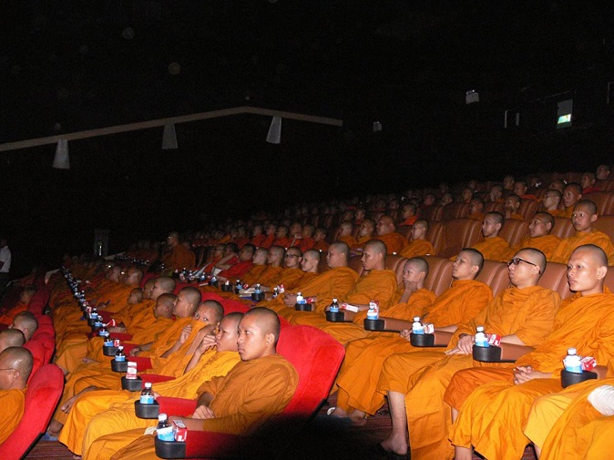 thailand-monk-cinema