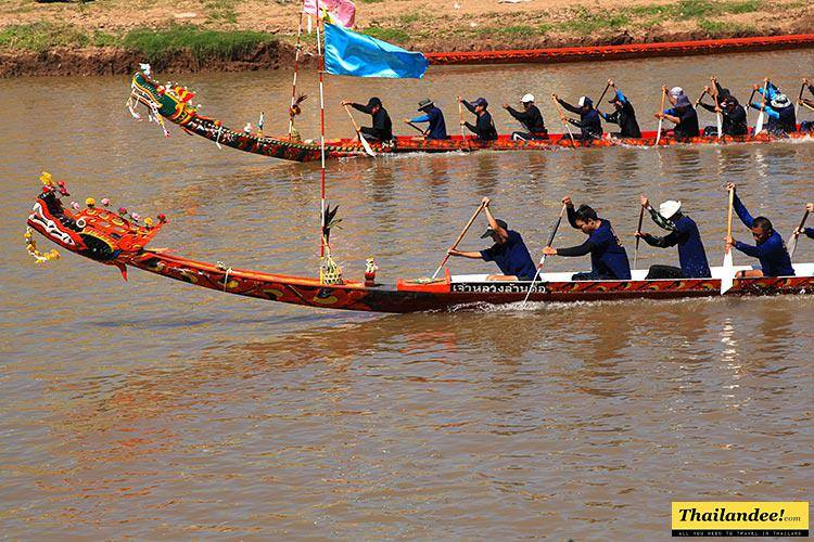 chumphon long boat race