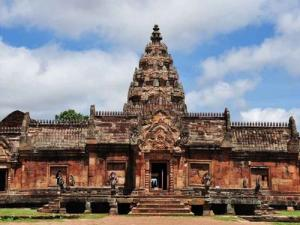 Visit the Wonders of Phimai Historical Park  Phimai