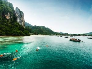 Phi Phi Islands Full Day Trip with Speed Boat Koh Phi Phi