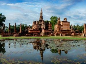 Experience the Inherited Local Wisdom & Visit World Heritage Sites in Sukhothai  Sukhothai