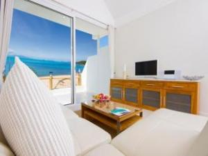 b1 beachfront apartment