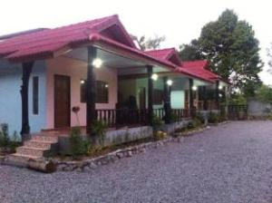 pum and plam homestay resort
