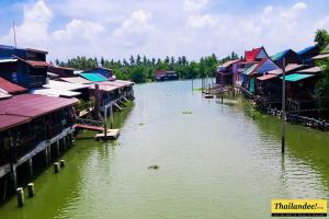 Bang Noi floating market Amphawa