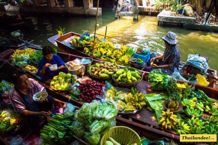 Klong Lat Mayom Floating Market