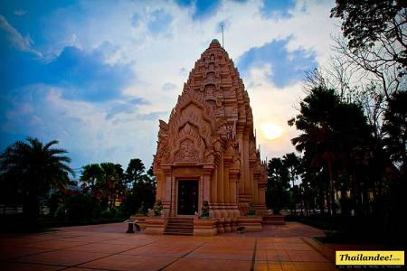 buriram city pillar shrine