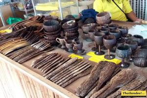 Coconut Shell Handicraft Center Phatthalung
