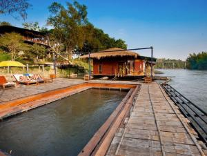 boutique raft resort river kwai